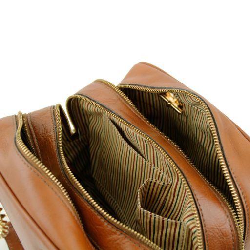 TL NeoClassic Bauletto aus Leder mit Schulterkette und Quasten Dunkel Taupe TL141266