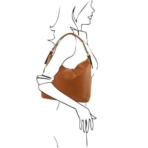 TL Bag Bolso hobo en piel suave Cognac TL141719